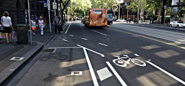 on road bicycle path terminates